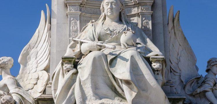 Statue of Queen Victoria.