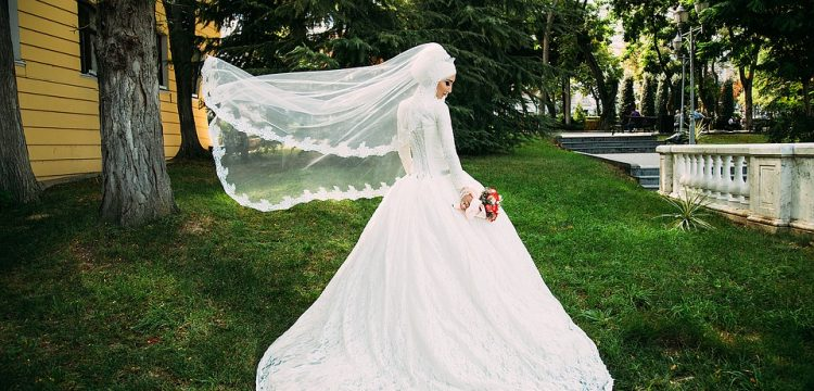 Veil flying in the wind.