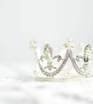 A tiara.