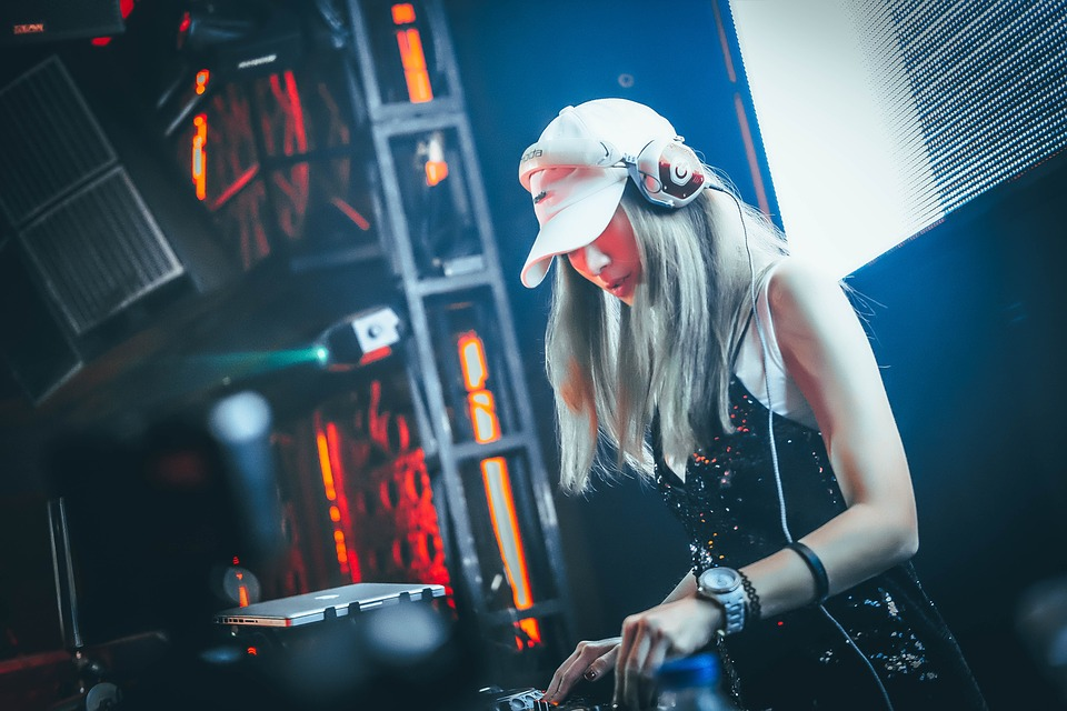 Woman DJ.