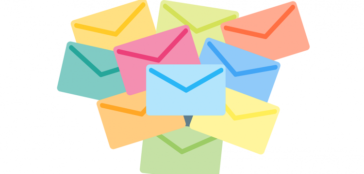 Graphic denoting email.