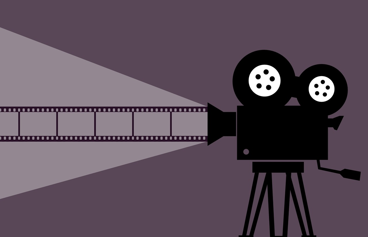 Graphic of a movie camera.