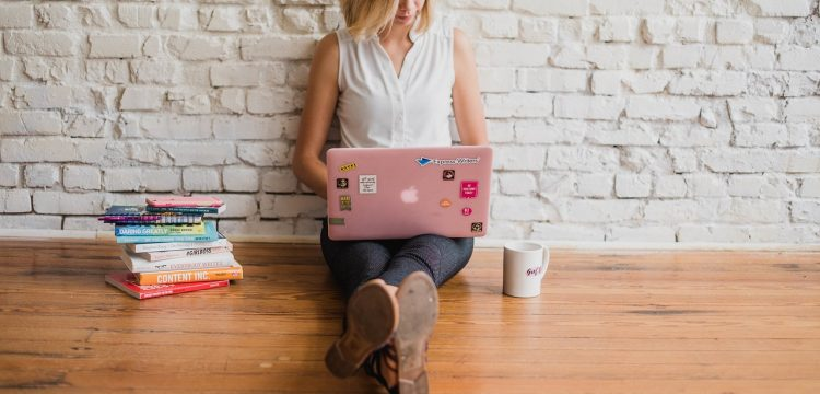 Woman on laptop.