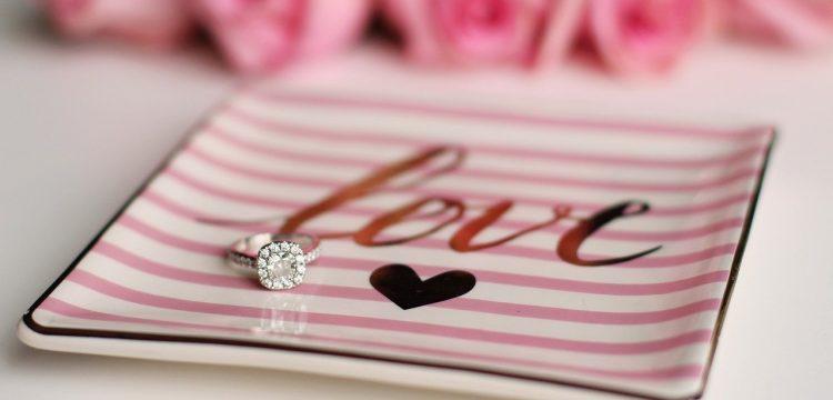 Diamond engagement ring.
