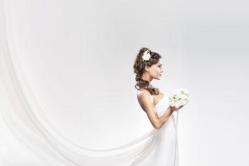 Bride with bouquet.