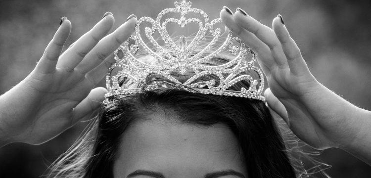 Woman wearing a tiara.