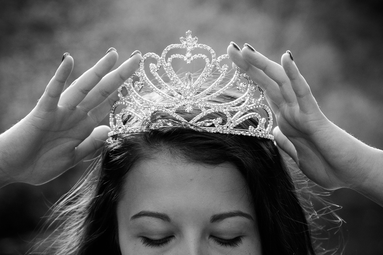 Woman wearing a tiara.
