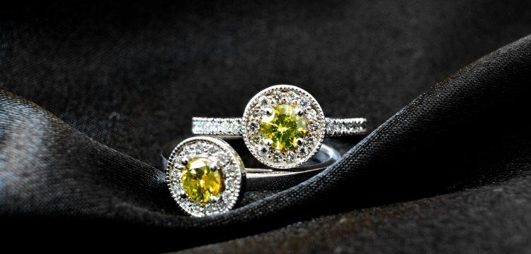 Vintage looking engagement ring.